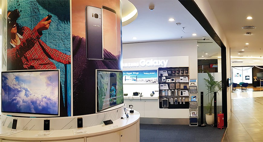 Samsung India collaborated with Offline retailers on Facebook to get digital marketing training