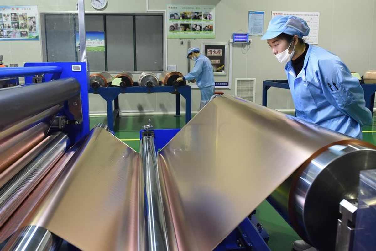 Copper falls as resurgence of coronavirus fears